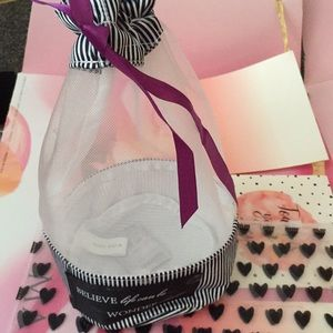 Gift bags for cosmetics